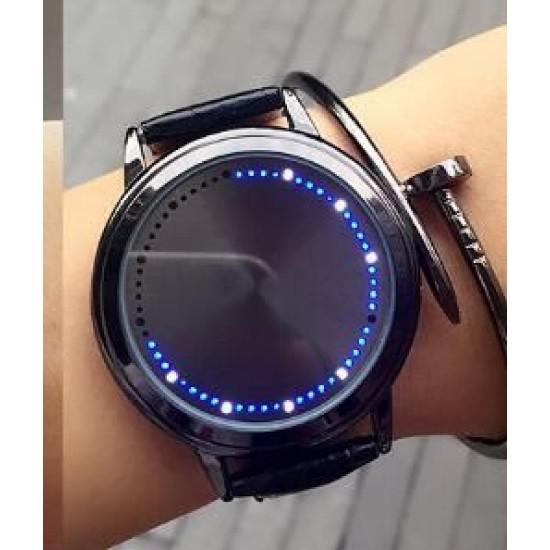 ساعة نسائية ناعمة تظهر التوقيت على شكل اضاءة دائرية