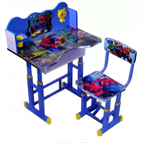 مكتب دراسي للأطفال مكون من طاولة وكرسي بأشكال كرتونية رائعة
