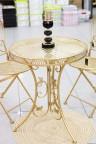طاولة حدائق معدنية مع كرسيين بعدة ألوان