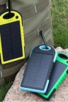 بور بانك بسعة  10000ملي امبير يعمل على الطاقة الشمسية