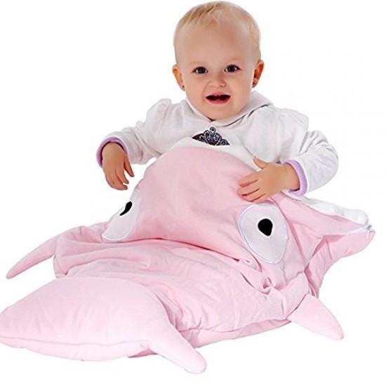 كوتة اطفال للنوم على شكل سمكة قرش متوفرة بلونين مختلفين