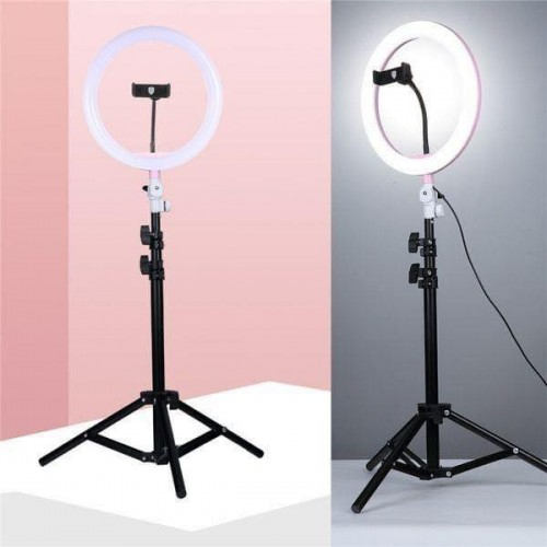 ستاند التصوير مع إضاءة مختلفة