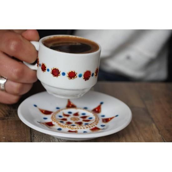 فنجان قهوة مزخرف